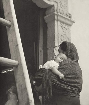 Woman with Child in her Arms, Cuernavaca, Mexico